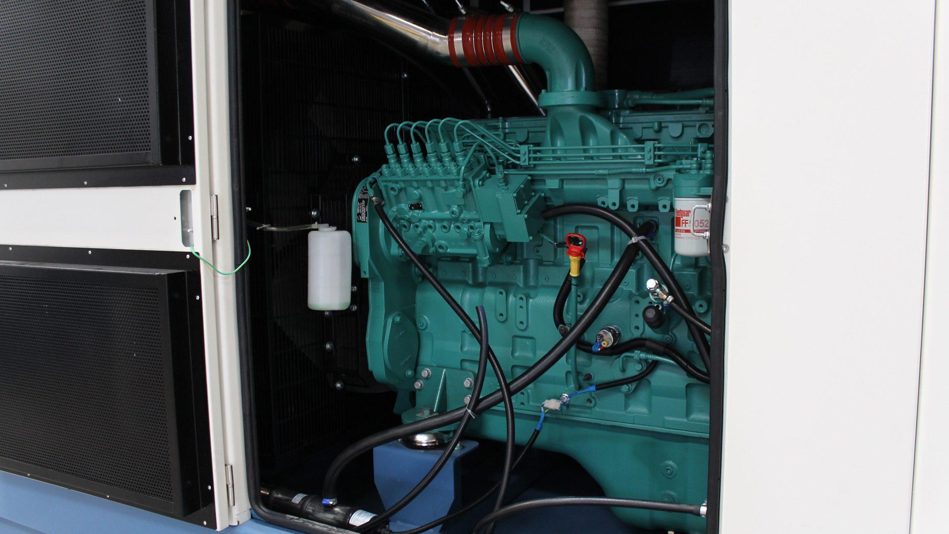 Cummins Diesel Generator Engine 6LTAA9.5 in Evopower set