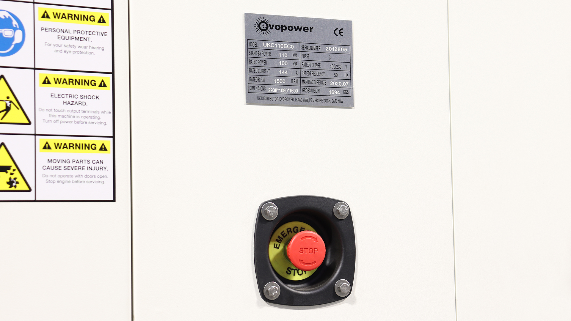 Emergency stop button on the back of the generator