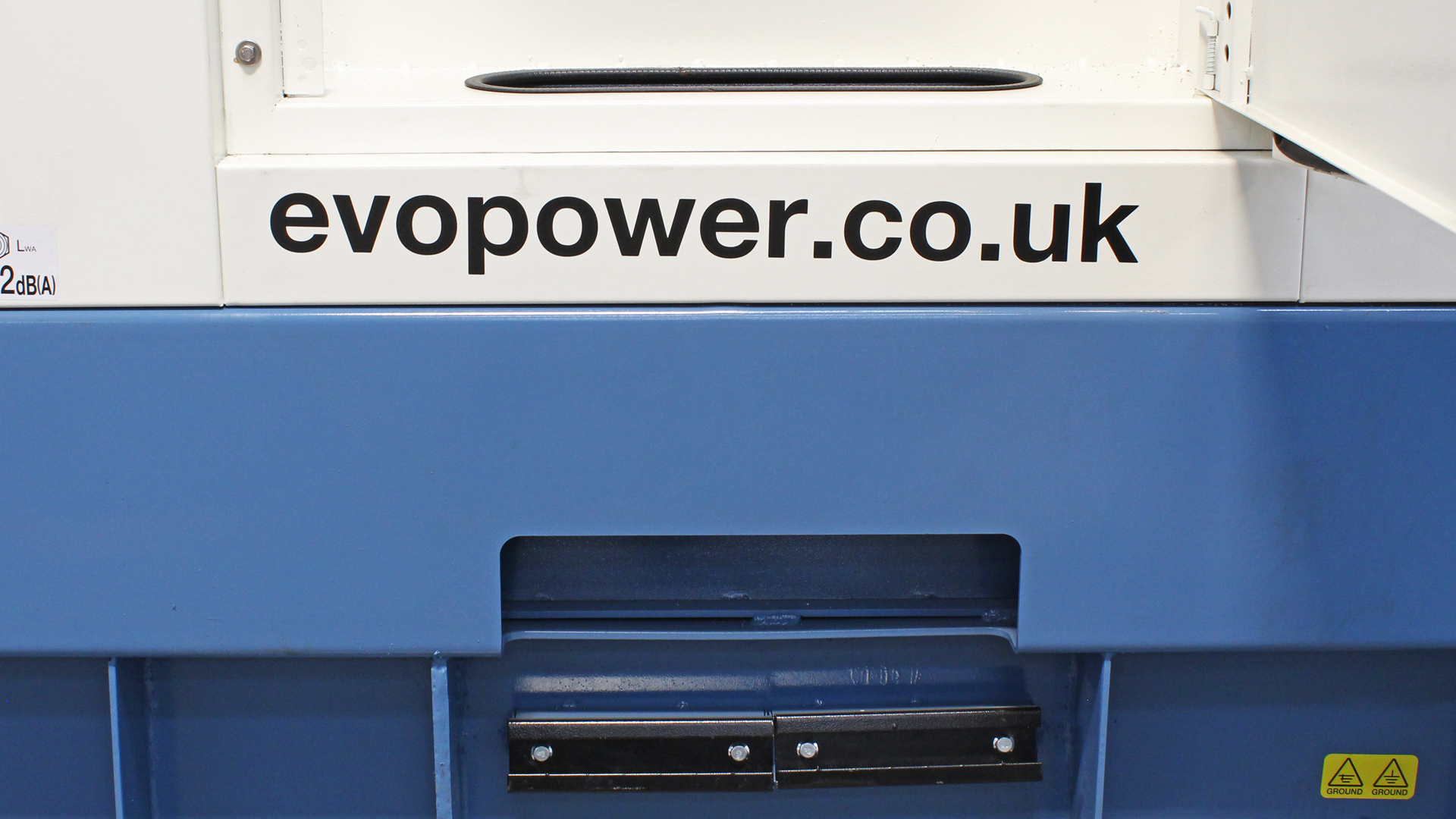 Cable entry on Evopower generators powered by Cummins, ECO range