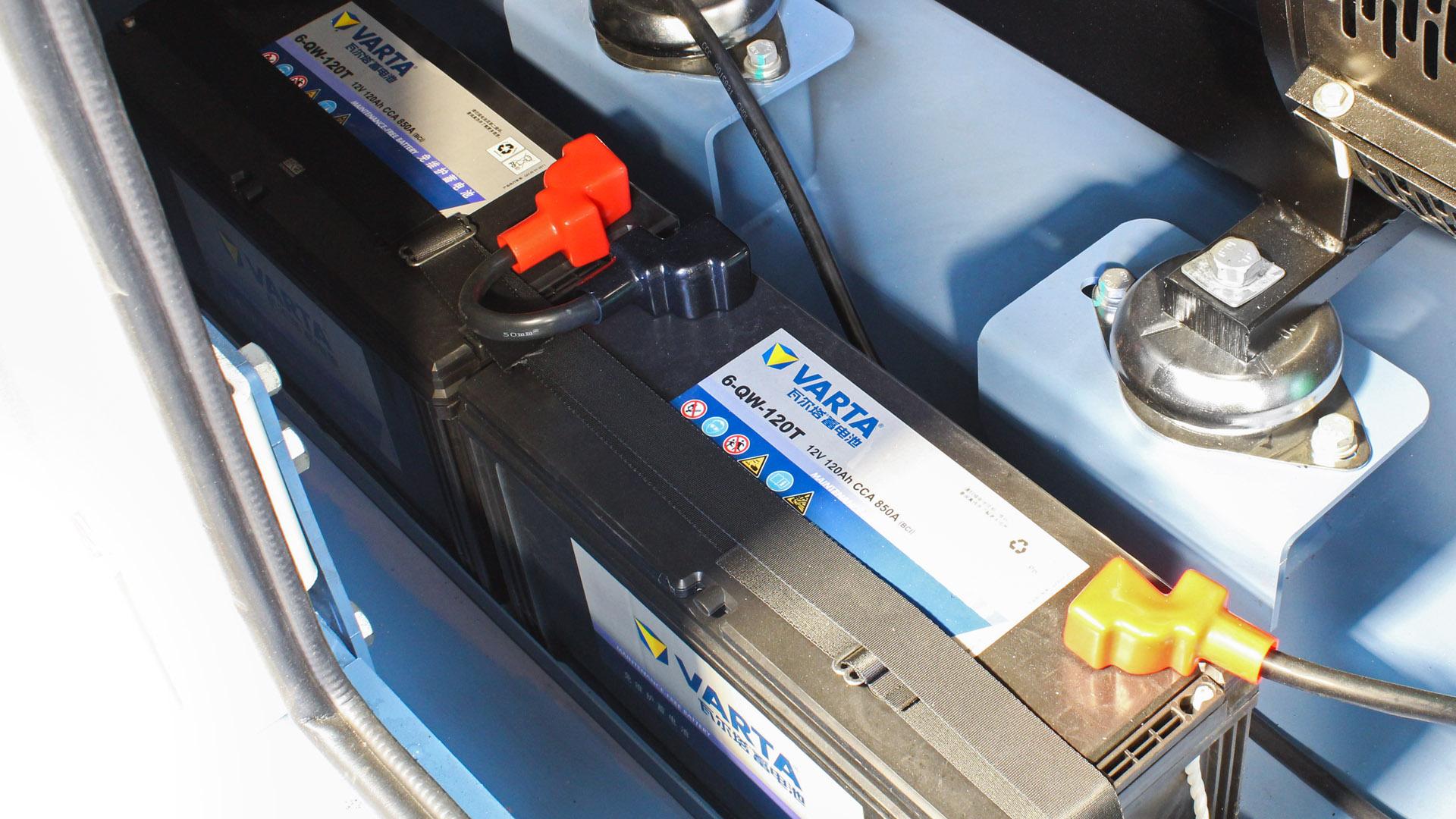 Varta 24V battery starter system on Evopower diesel generators