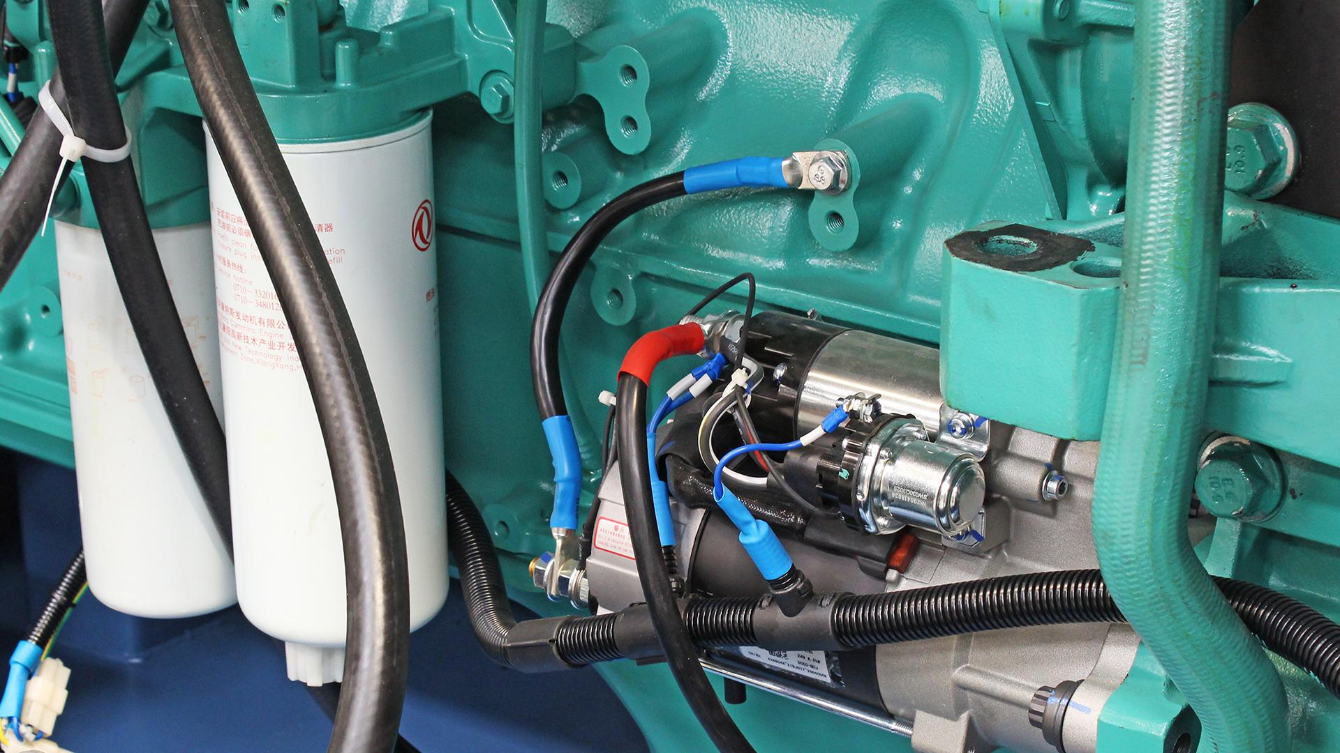 Filters and starter motor on Cummins 6ZTAA13 engine