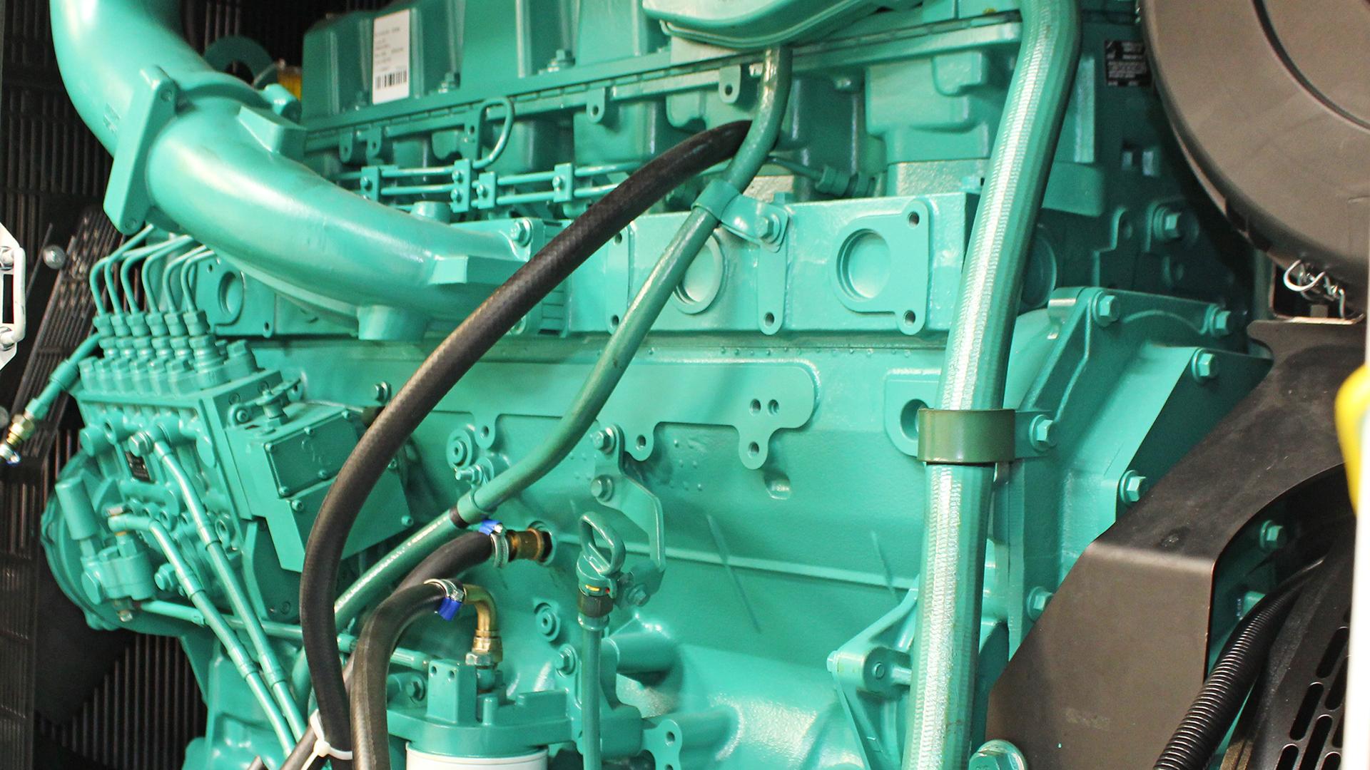 Cummins 6ZTAA13 Engine In UKC500ECO Diesel Generator