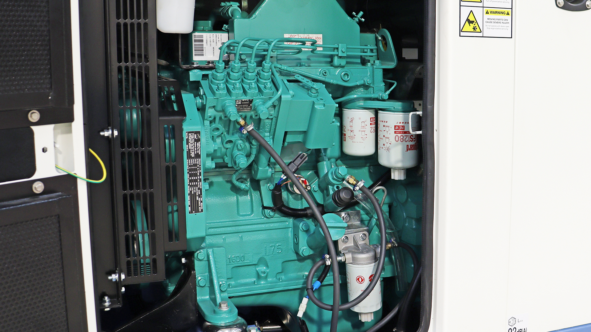 Fleetguard filters on Cummins 4BTA3.9 Generator engine
