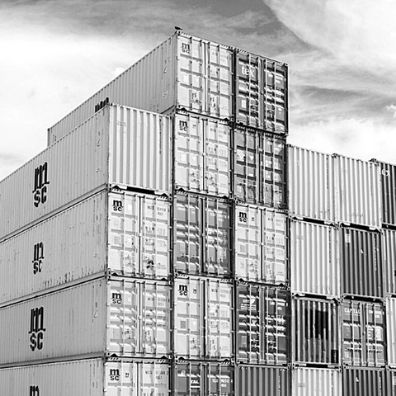 Containers for exporting generators